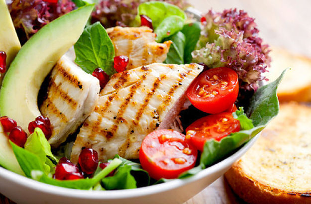 Grilled fish and fresh salad is a fabulous 200 calorie snack. See why here.