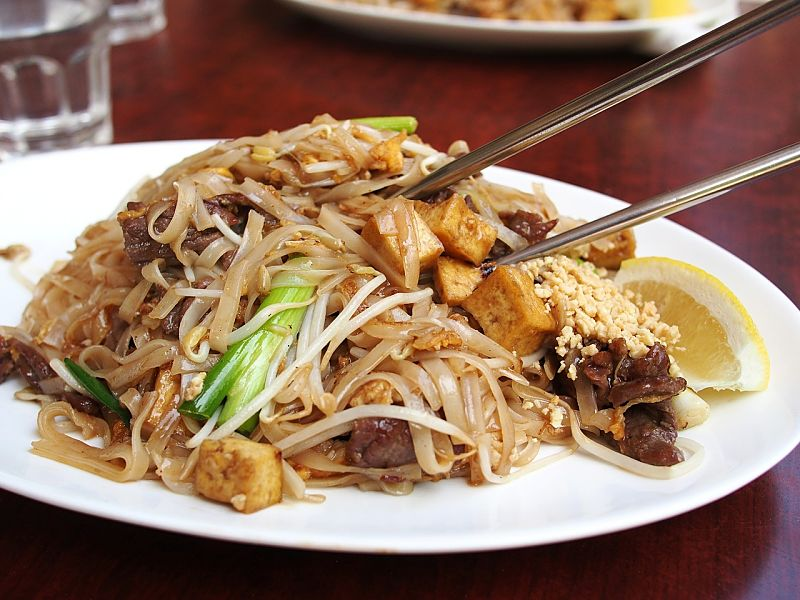 Thai noodle dishes are a good healthy choice