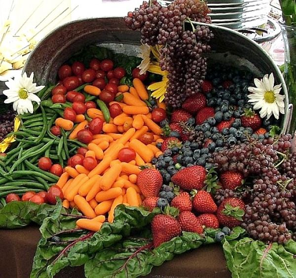 Fruit and vegetables are the basic superfoods which form the base for a good diet